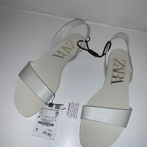 NWT Zara White Leather Sandals